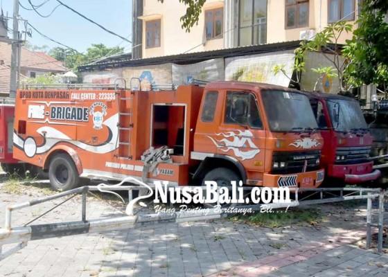 Nusabali.com - 8-unit-mobil-damkar-akan-dilelang