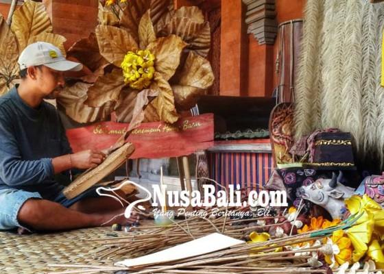 Nusabali.com - karangan-bunga-organik-jadi-trend