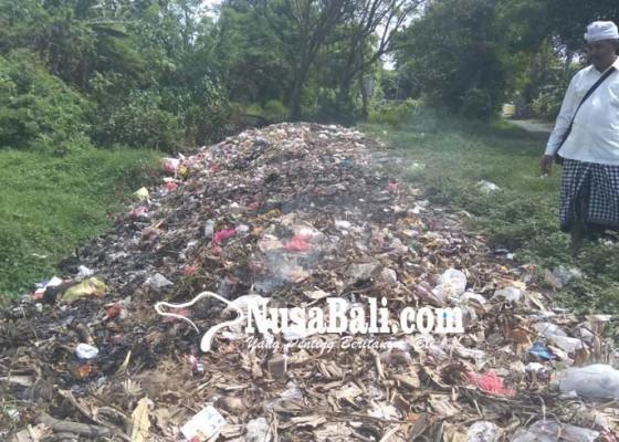 Nusabali.com - warga-keluhkan-pembakaran-sampah