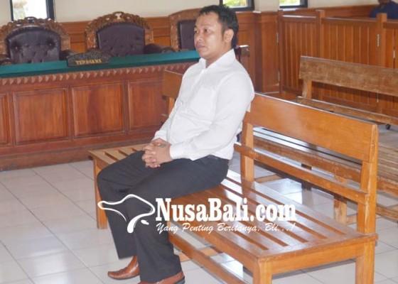 Nusabali.com - perbekel-pelaga-penganiaya-dokter-disidang