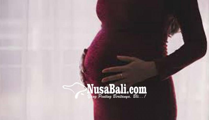 www.nusabali.com-sempat-telantar-wanita-hamil-dijemput-keluarganya