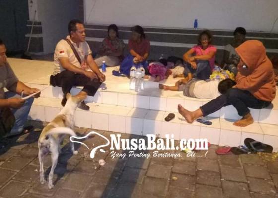 Nusabali.com - dengar-gemuruh-gunung-agung-5-kk-ngungsi