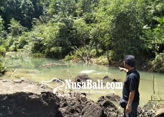 Nusabali.com - pasca-tebing-longsor-air-tergenang-serupa-danau