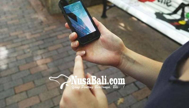 www.nusabali.com-disangka-hilang-hp-wisatawan-terselip-di-ransel