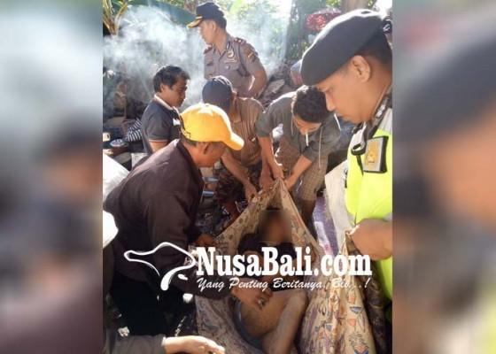 Nusabali.com - daha-lingsir-tewas-setelah-terjatuh-saat-perbaiki-genting-bocor