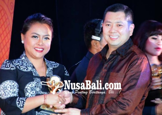 Nusabali.com - taman-serasi-bawa-tabanan-raih-government-award