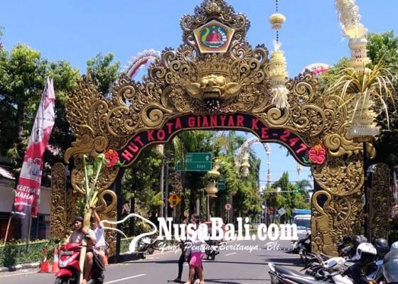 Nusabali.com - gapura-hut-kota-tak-ramah-lingkungan