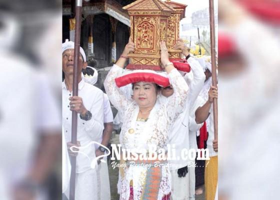 Nusabali.com - jalan-licin-pangayah-takut-tergelincir