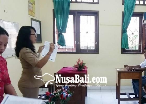 Nusabali.com - terkendala-sarana-tiga-siswa-slb-masih-unpk