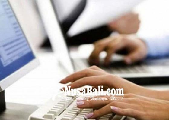 Nusabali.com - unbk-di-gianyar-1-siswa-absen-karena-berhenti