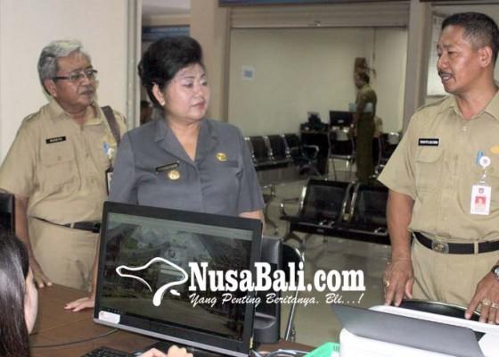 Nusabali.com - permudah-pelayanan-bupati-tinjau-mall-pelayanan-publik