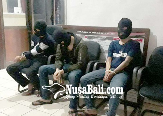 Nusabali.com - tiga-napi-di-bandung-peras-89-wanita