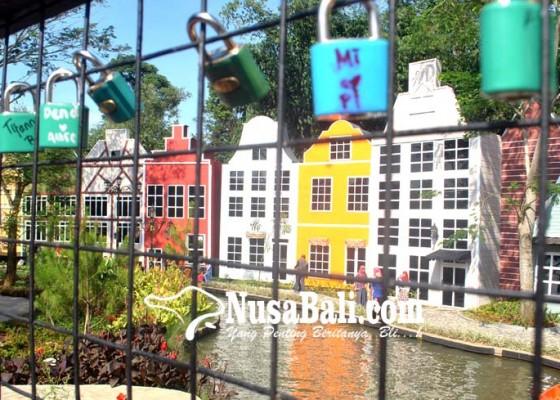 Nusabali.com - wisata-kampung-eropa