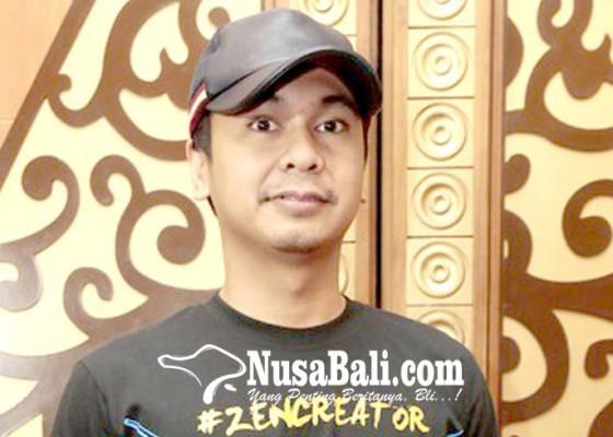 Nusabali.com - ada-pocong-di-rumah-raditya-dika