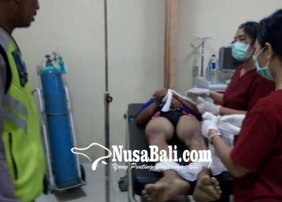 Nusabali.com - oleng-ditikungan-pemotor-tewas-tabrak-truk-tangki