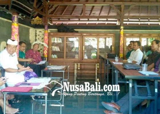 Nusabali.com - dokter-spesialis-datangi-bupati-bangli