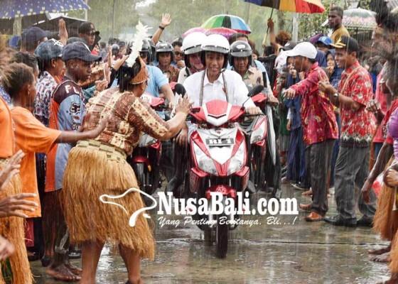 Nusabali.com - presiden-kunjungi-asmat