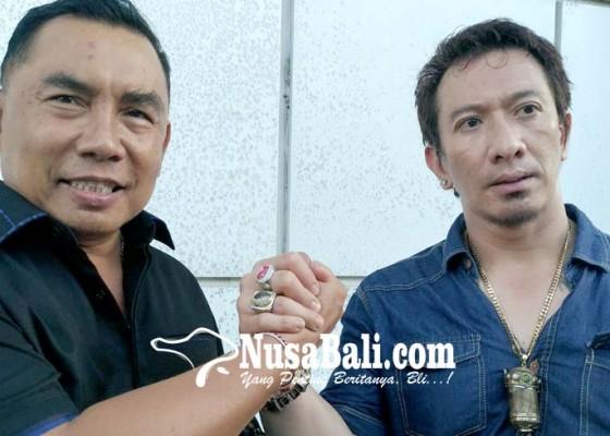 Nusabali.com - tamba-ismaya-duet-ke-senayan