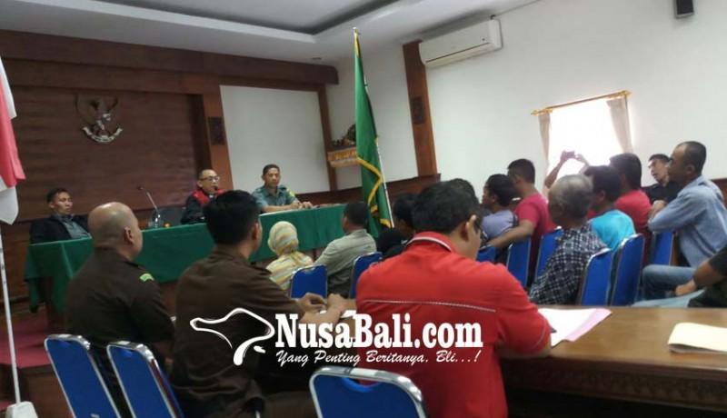 www.nusabali.com-seluruh-pkl-pilih-bayar-denda-dari-pada-dikurung-5-hari