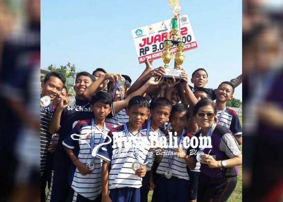 Nusabali.com - smpn-1-singaraja-borong-juara-bidang-olahraga