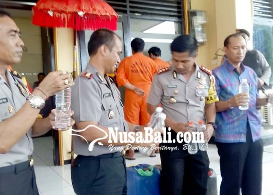 Nusabali.com - bahaya-oplosan-peredaran-arak-diperketat