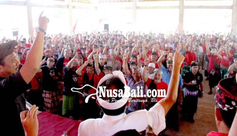 www.nusabali.com-ribuan-warga-dari-14-desa-se-kecamatan-abang-satu-jalur