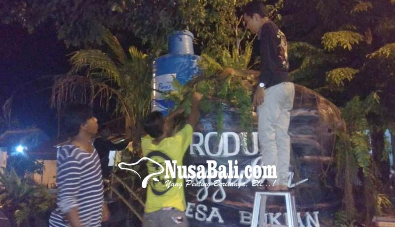 www.nusabali.com-hiasan-styrofoam-tak-terhindarkan