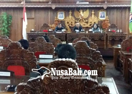 Nusabali.com - dprd-pemkab-bahas-lpj-bupati-klungkung