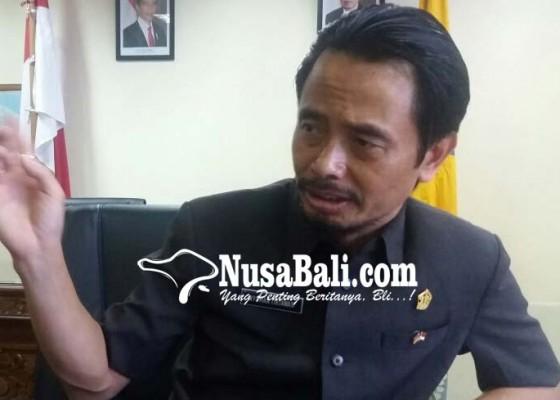 Nusabali.com - komisi-i-desak-gubernur-tetap-cairkan-bansoshibah