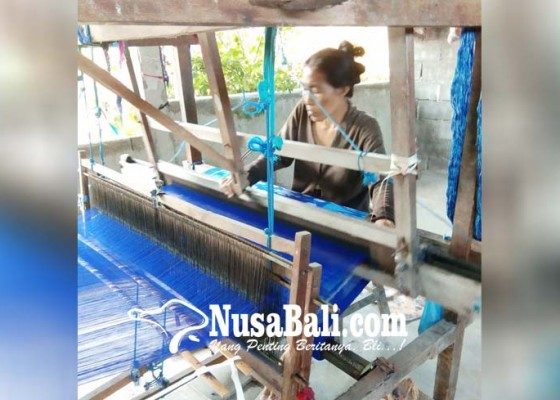 Nusabali.com - kain-tenun-dominan-di-pasaran-lokal