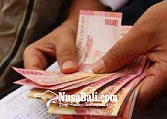 Nusabali.com - petugas-pasar-belum-terima-upah-pungut