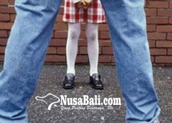 Nusabali.com - ayah-perkosa-anak-tiri-selama-2-tahun