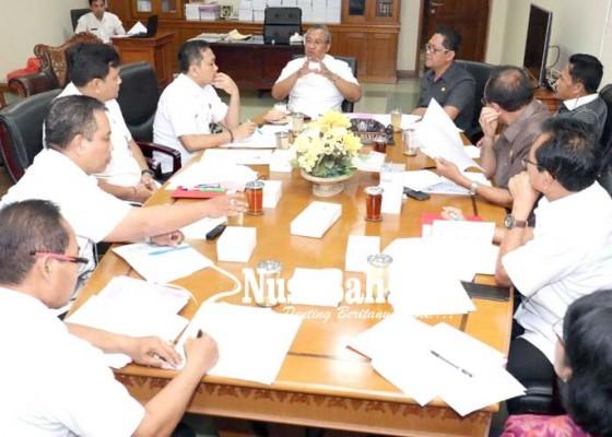 Nusabali.com - bapemperda-dan-bagian-hukum-bahas-sejumlah-ranperda