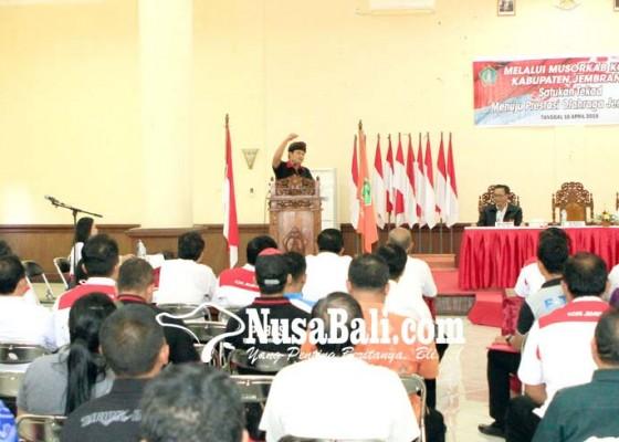 Nusabali.com - wabup-kembang-buka-musorkab-koni-jembrana