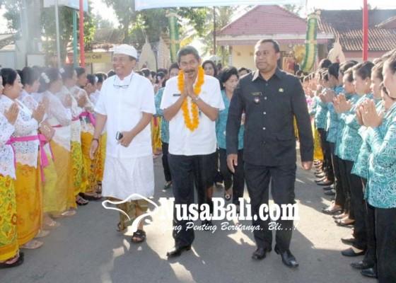Nusabali.com - kelurahan-bebalang-dinilai-tim-provinsi