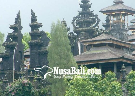 Nusabali.com - untuk-hilangkan-leteh-terpaksa-gelar-upacara-prayascita-guru-piduka