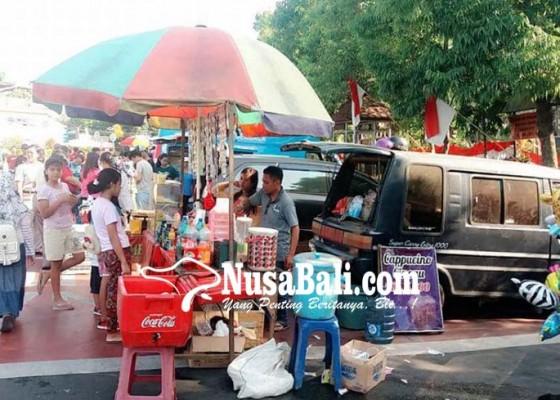 Nusabali.com - cfd-jadi-hari-kendaraan-bebas-berdagang