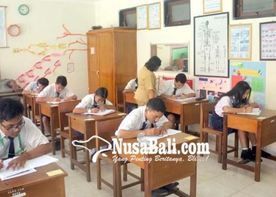 Nusabali.com - 15-murid-slbn-1-badung-ikuti-ujian-nasional