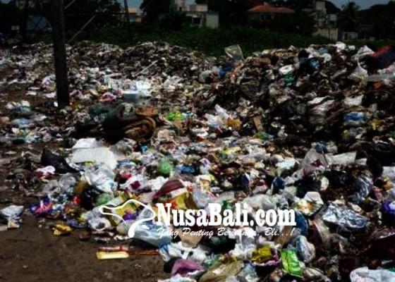Nusabali.com - jembatan-lc-aya-diguyur-sampah