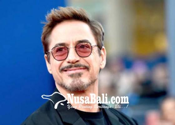 Nusabali.com - robert-downey-jr-sapa-fans-indonesia