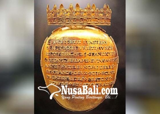 Nusabali.com - jantung-ratu-prancis-ditemukan