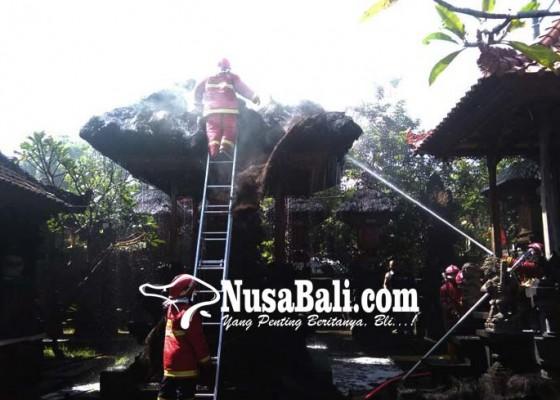Nusabali.com - pura-kawitan-arya-brangsinga-terbakar