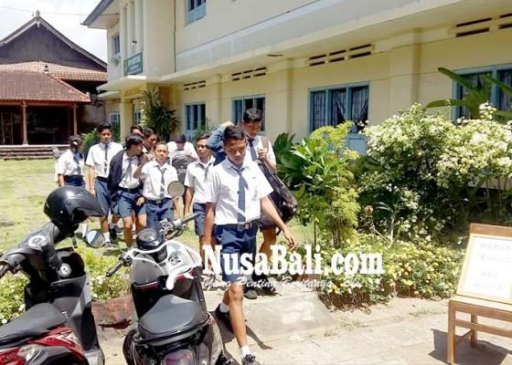 Nusabali.com - angka-drop-out-capai-puluhan