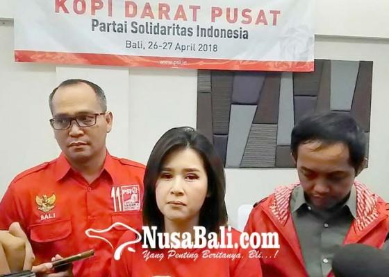 Nusabali.com - grace-natalie-hadiri-kopdarsus-di-kuta