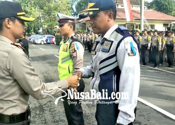 Nusabali.com - operasi-patuh-agung-pelanggar-ditilang