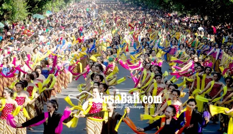www.nusabali.com-solo-menari-gambyong-5000