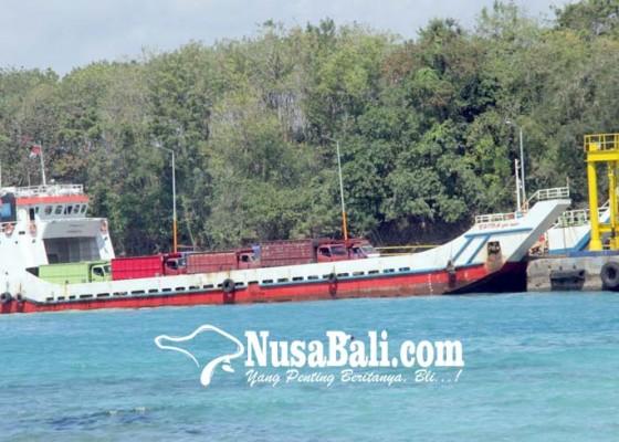 Nusabali.com - kapal-di-selat-lombok-beroperasi-2-hari-sekali