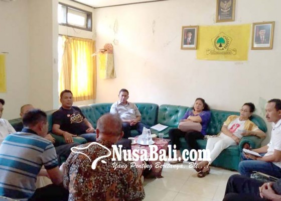 Nusabali.com - golkar-awasi-tim-perumus-materi-debat-kedua