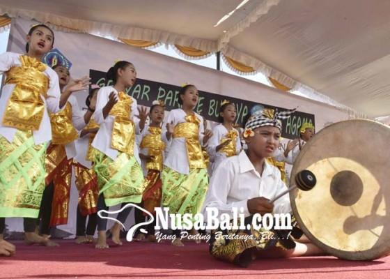 Nusabali.com - 2000-anak-ramaikan-gebyar-parade-budaya-lintas-agama