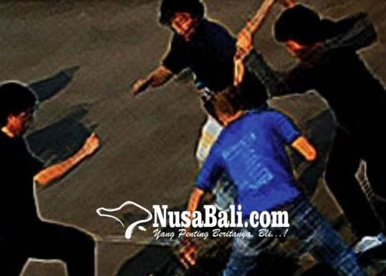 Nusabali.com - diserempet-empat-pemuda-terlibat-aksi-pengeroyokan